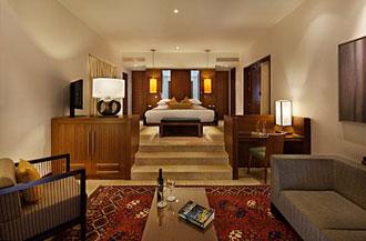 חדר מלון בראשית 2
